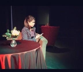 Sara Lupercio as Jean