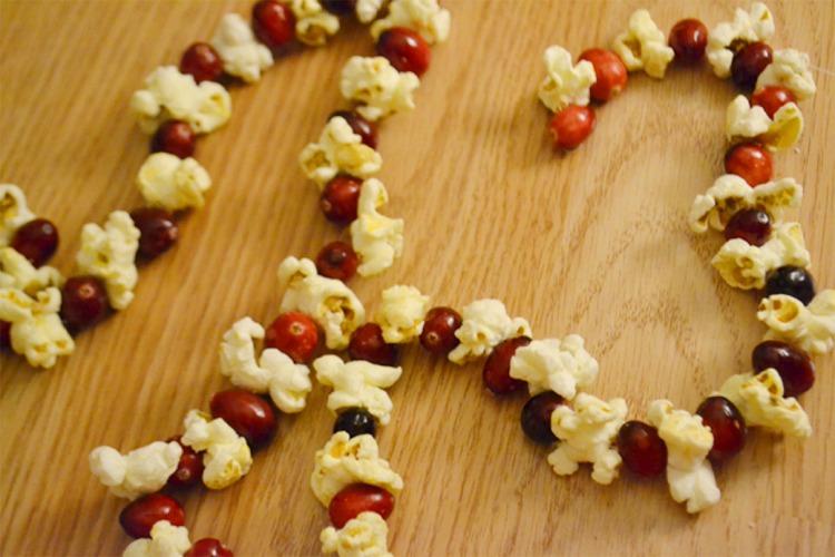 ornaments popcorn garland