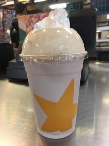 carls jr milkshakes