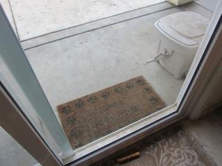 a clean sliding door