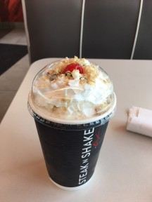 steak and shake milk shake